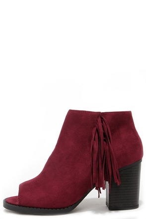 Make a Peep Dark Burgundy Peep Toe Fringe Booties at Lulus.com!