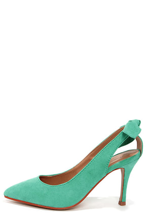 Kelly Coral Bow-Back Pointed Pumps