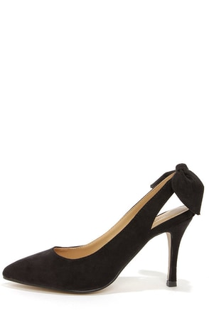 Kelly Black Bow-Back Pointed Pumps