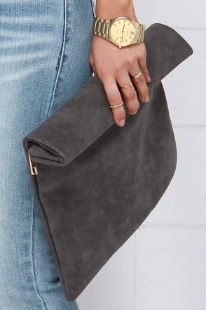 Rollin' on the River Black Clutch at Lulus.com!