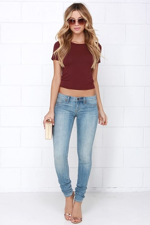 Dittos Jessica Light Wash Skinny Jeans at Lulus.com!