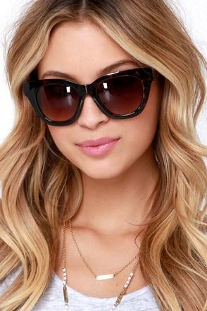 Oh Sunny Days Black Sunglasses at Lulus.com!