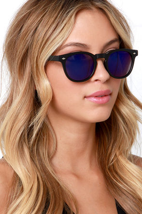 Banyan Tree Shade Black and Purple Sunglasses at Lulus.com!