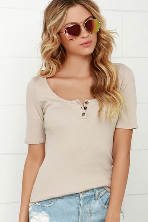 Extended Weekend Beige Short Sleeve Top at Lulus.com!
