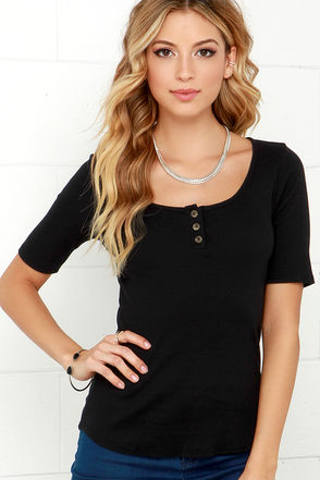 Extended Weekend Ivory Short Sleeve Top at Lulus.com!