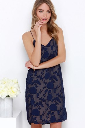Luna Light Navy Blue Floral Jacquard Shift Dress at Lulus.com!