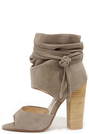 Chinese Laundry Leigh Camel Kid Suede Booties at Lulus.com!