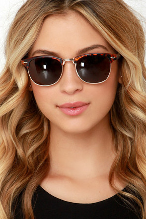 Sun Master Tortoise Sunglasses at Lulus.com!