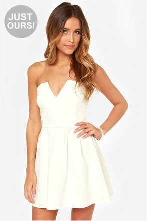 LULUS Exclusive Notch Landing Ivory Strapless Dress