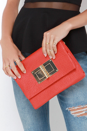 Magic Trick Coral Red Clutch at Lulus.com!