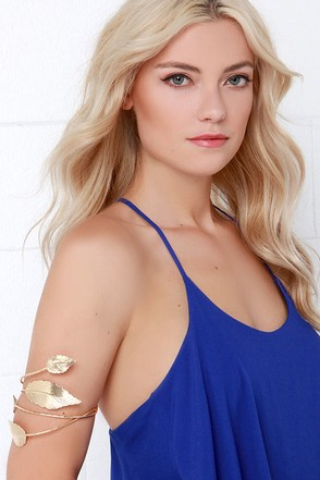 Undeniable Chemis-tree Gold Arm Cuff at Lulus.com!