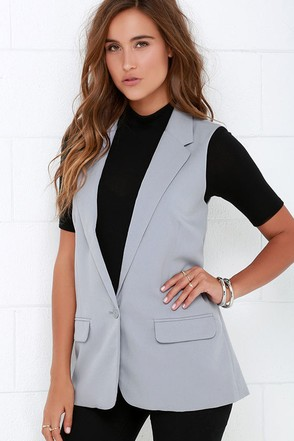 BB Dakota Malcolm Grey Vest at Lulus.com!
