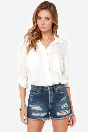 Dittos Kiera Distressed Cutoff High-Waisted Jean Shorts
