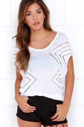 O'Neill Elite Ivory Tee at Lulus.com!