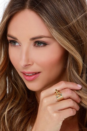 Follow Through Gold Ring at Lulus.com!
