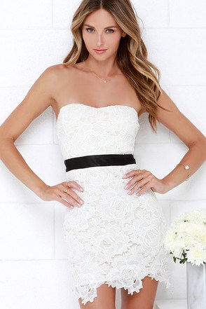 Daring Debutante Black and Ivory Lace Dress at Lulus.com!