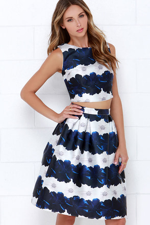 Stem Fatale Blue Floral Print Two-Piece Dress at Lulus.com!