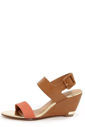 City Classified Camya White and Black Wedge Sandals