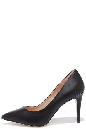 True to Formal Black Pointed Pumps at Lulus.com!