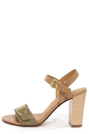 City Classified Belini Off White and Silver Ankle Strap Sandals