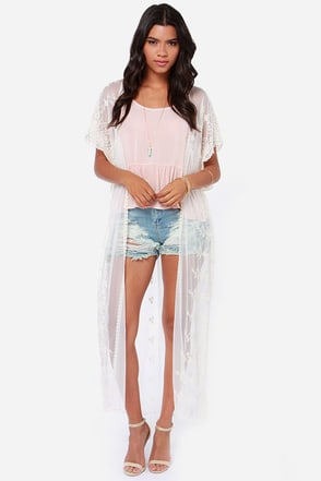 Long Silent Type Cream Lace Kimono Top