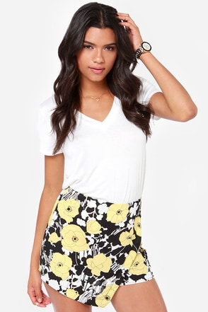 Poppy Cat Yellow Floral Print Shorts