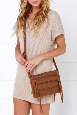 Zip Code Tan Purse at Lulus.com!