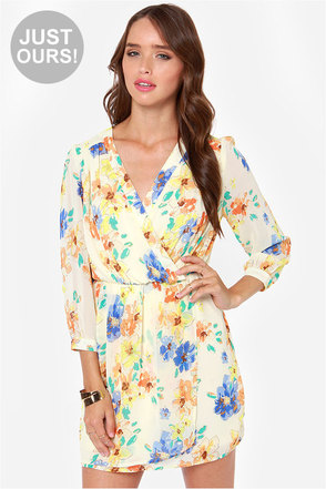 LULUS Exclusive Tend the Garden Cream Floral Print Dress