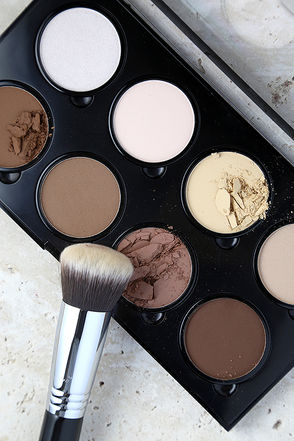 NYX Highlight and Contour Pro Palette at Lulus.com!