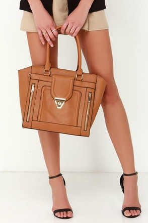 Haute Pursuit Beige Tote at Lulus.com!