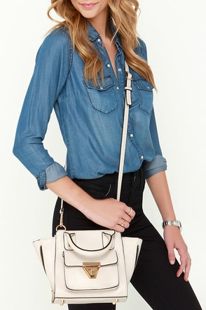 Wing Leader Beige Mini Handbag at Lulus.com!