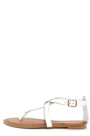 Bamboo Armin 26 White Thong Sandals