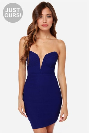 LULUS Exclusive Rolling in the Deep V Royal Blue Strapless Dress