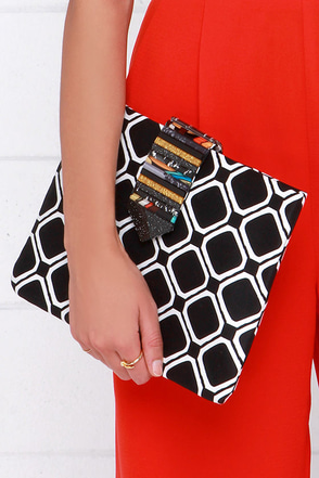 It Was All a Gleam Black and White Print Clutch at Lulus.com!