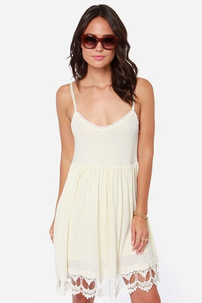 White Crow Chime Cream Lace Dress