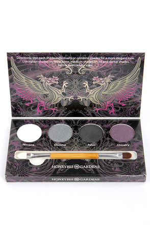 Honeybee Gardens Smokey Eye Shadow Palette at Lulus.com!