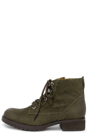 Steve Madden Gobbin Olive Green Leather Ankle Boots at Lulus.com!