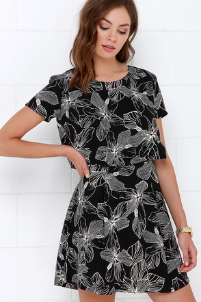 Malvaceae My Name Black Floral Print Dress at Lulus.com!