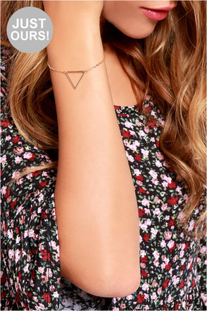 LULUS Exclusive Caught in the Bermuda Gold Triangle Bracelet