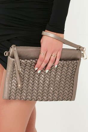 Be-Weave in Magic Bronze Clutch at Lulus.com!