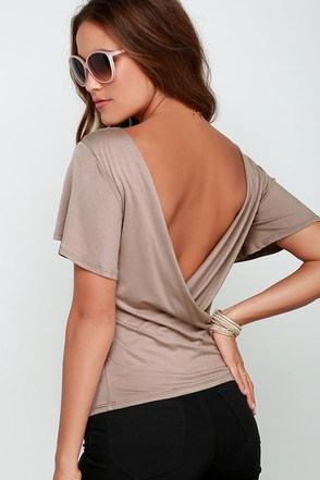 Scoop De Loop Burgundy Short Sleeve Top at Lulus.com!