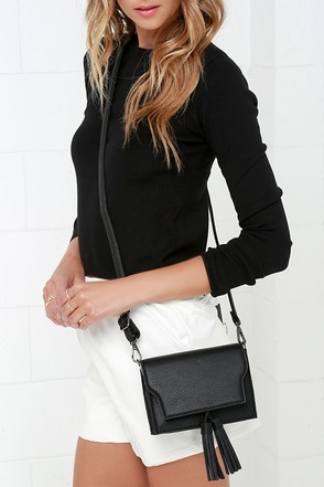 On the Fringe Black Purse at Lulus.com!