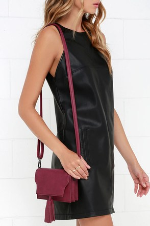On the Fringe Burgundy Purse at Lulus.com!