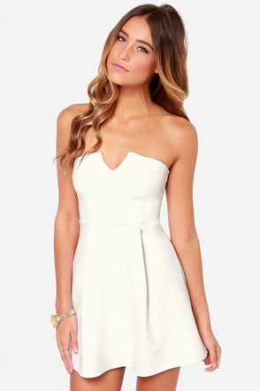 A New Affair Strapless White Dress