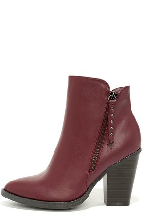Style Icon Burgundy Ankle Boots at Lulus.com!