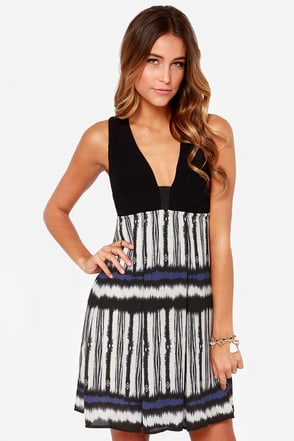 Desert Nights Black Print Dress at Lulus.com!