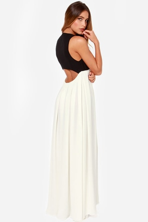 Feature Story Black and Ivory Maxi Dress