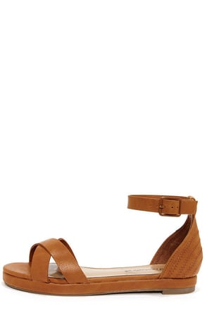 Coco 31 Tan Flat Ankle Strap Sandals