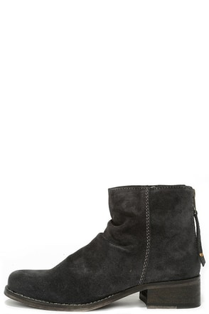 Seychelles Challenge Navy Blue Suede Leather Ankle Boots at Lulus.com!