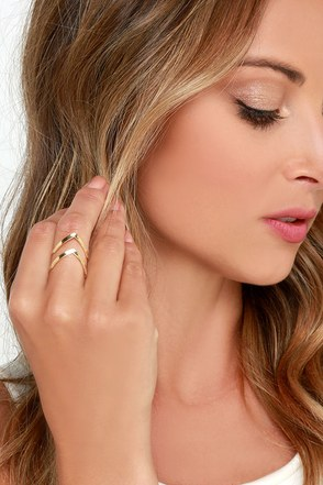 Double Points Gold Ring at Lulus.com!